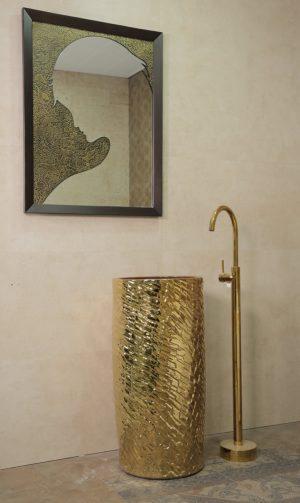 mirrors lebanon, wall mirrors lebanon, decoration lebanon, ceramics lebanon, ceramic tiles lebanon